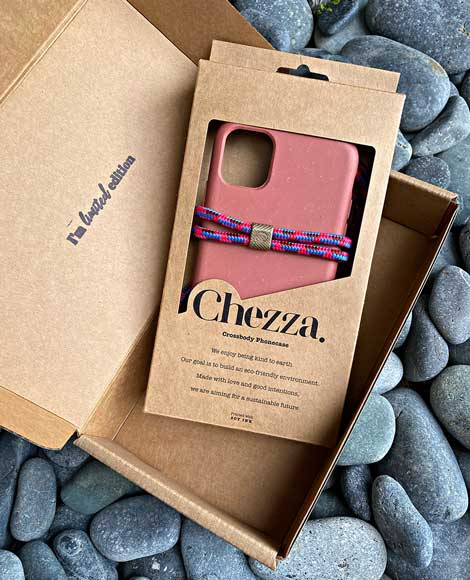 Chezza Custom Kraft Phone Case Packaging