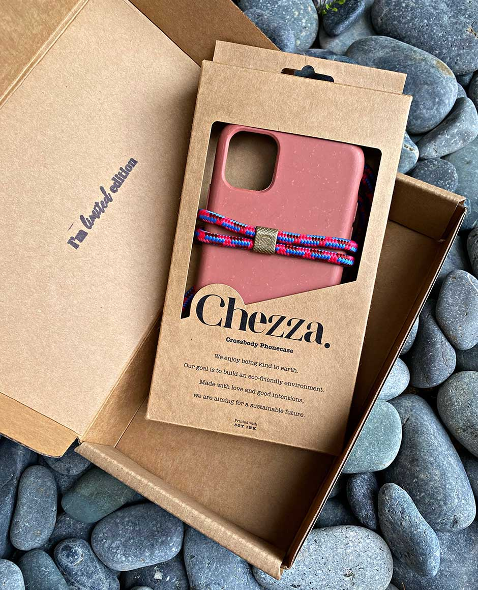 Chezza Custom Kraft Phone Case Packaging