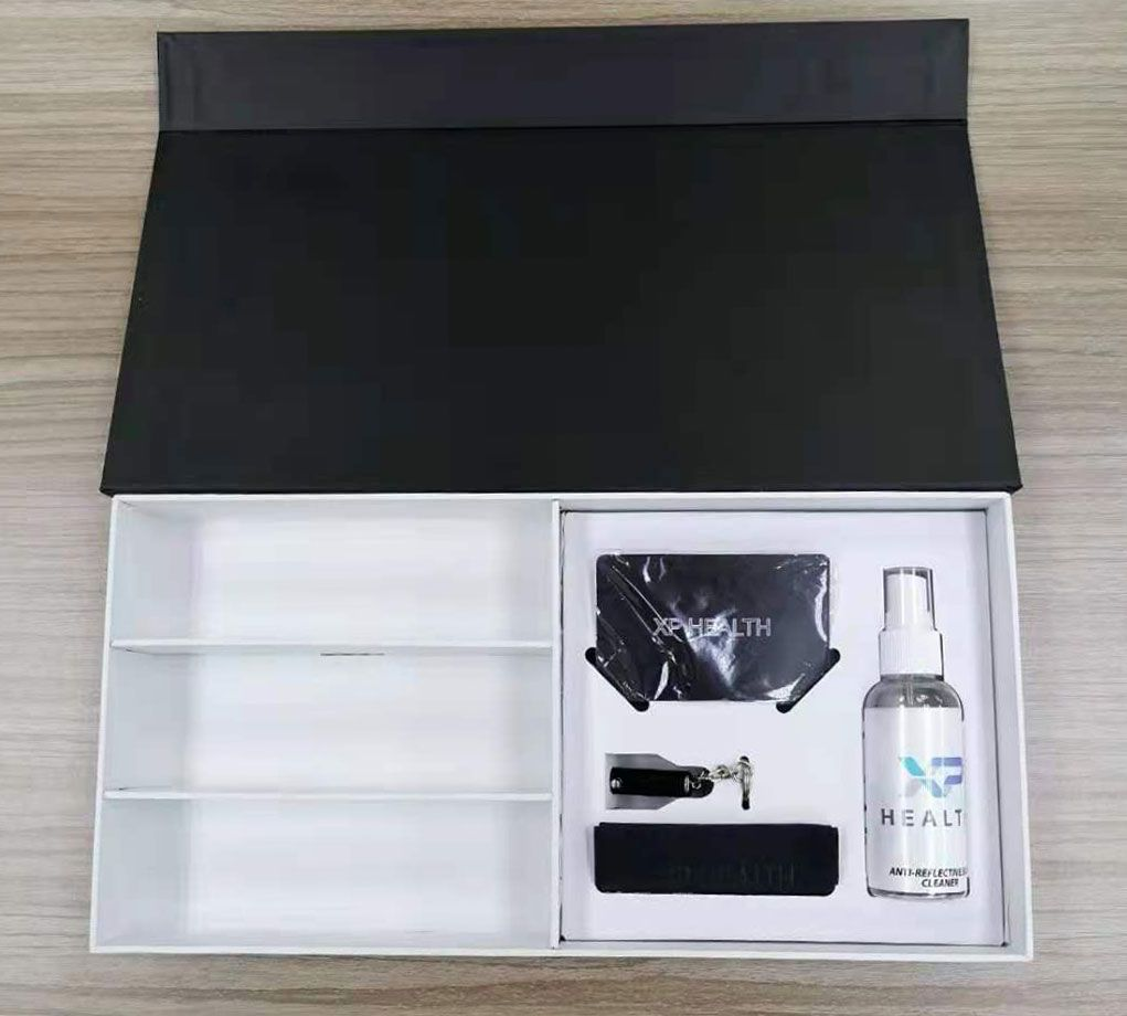 Custom Box Partitions and Inserts in a Magnetic Rigid Box